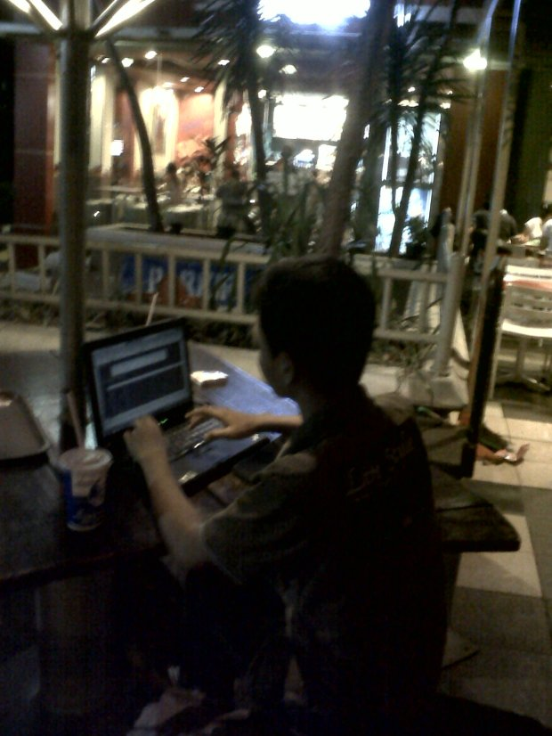training kursus private autocad di kafe outdoor