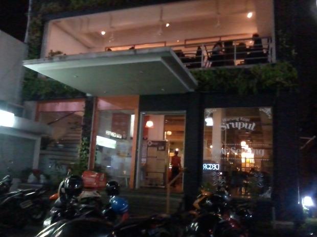 warung kopi sruput - plaza kemang 88 jakarta selatan