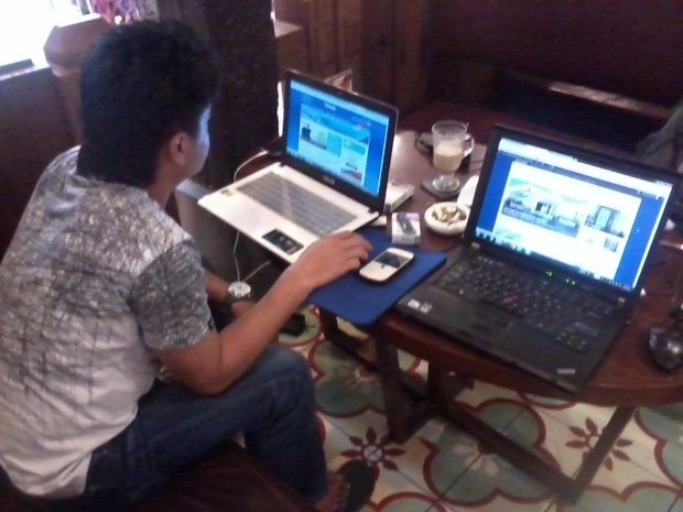 Training E-commerce Web Administrator  di Kopi Luwak Blok M Plaza