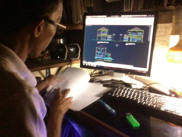 Kursus AutoCAD membuat Tampak Potongan Rumah 2 Lantai