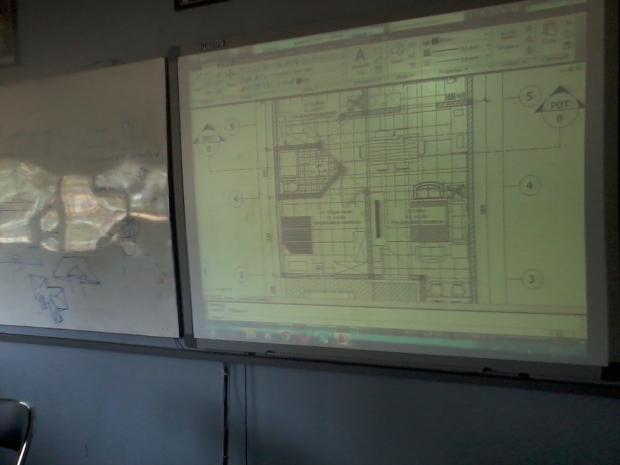 Training AutoCAD Denah Rumah Arsitektur di SMKN 56 Pluit Jakarta Utara