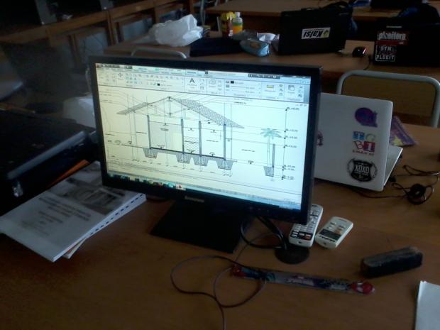 Training AutoCAD Potongan Teknik Gambar Bangunan Arsitektur di SMKN 56 Pluit Jakarta Utara
