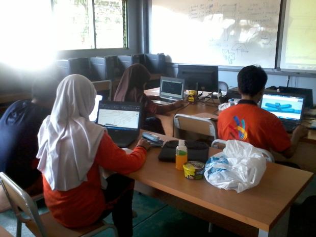 Belajar AutoCAD 3D Model Konstruksi Bangunan di SMKN Penjaringan Jakarta Utara
