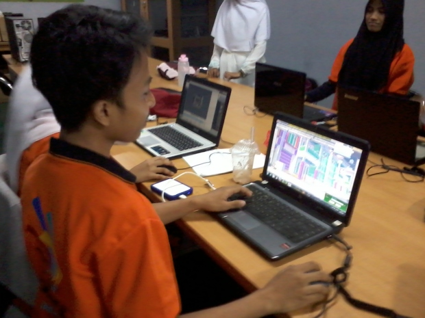 Belajar AutoCAD 3D Rendering Teknik Bangunan di SMKN Jakarta Utara