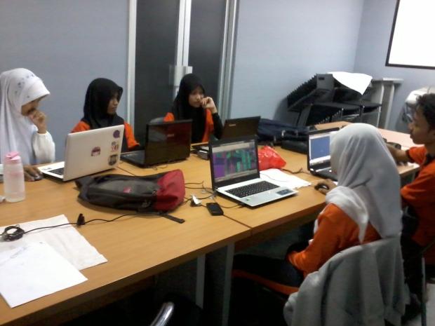 Training AutoCAD 3D Rendering Teknik Bangunan di SMKN Jakarta Utara