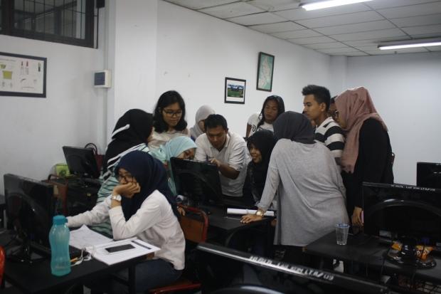 Training Belajar AutoCAD Teknik Lingkungan Universitas Trisakti
