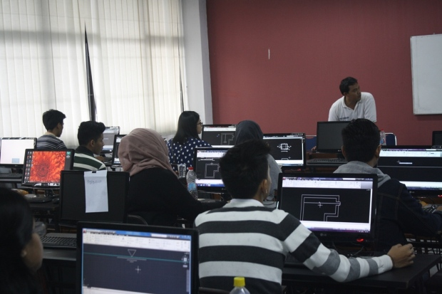 Training Kursus Belajar AutoCAD Teknik Lingkungan Fakultas Arsitektur Universitas