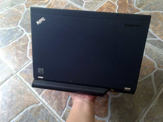 Jual Laptop Lenovo Thinkpad X220 Top View