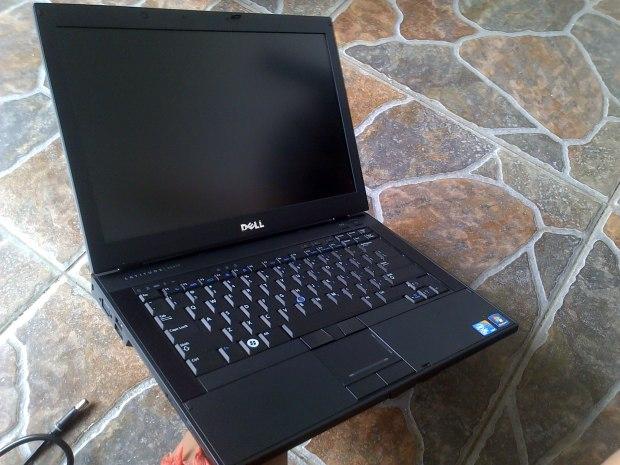 Jual Laptop Second Dell Latitude E6410 Tampak Samping Kiri