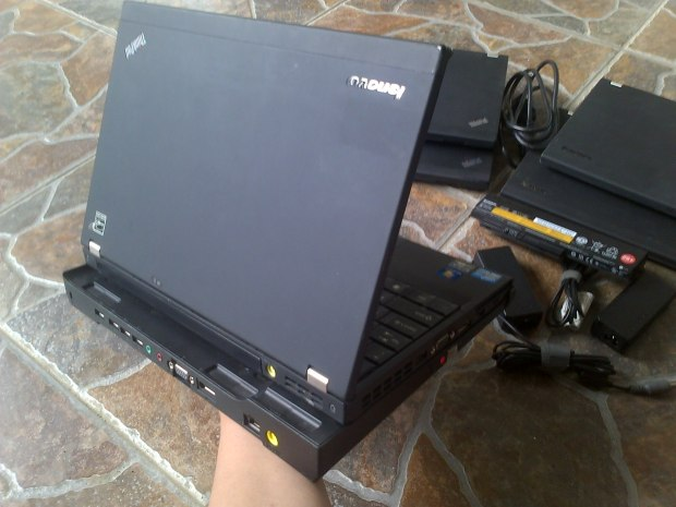 Jual Notebook Second Lenovo (IBM) Thinkpad X220 Docking Battery 6cell Charger Adaptor