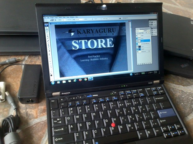 Jual Notebook Second Lenovo (IBM) Thinkpad X220 Graphic Design Battery 6cell Charger Adaptor