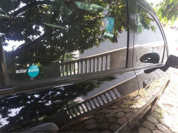 Jual Pasang Kaca Film Mobil mereduksi panas infrared dan radiasi ultraviolet