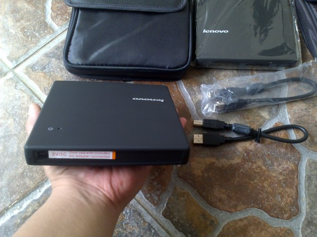 DVD-CD RW External Lenovo Portabel + Softcase