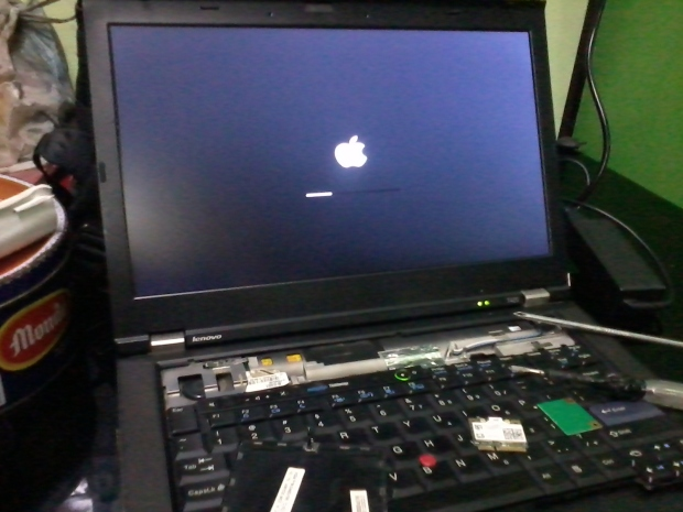 Apple Logo Hackintosh OSX Win7ProOriginal Lenovo T420 i7 DualVGA NVidia NVS + Intel HD