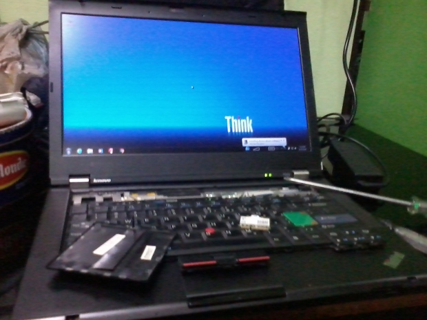 Dualboot Hackintosh OSX Win7Pro64bit Original Lenovo T420 i7 DualVGA NVidia NVS + Intel HD