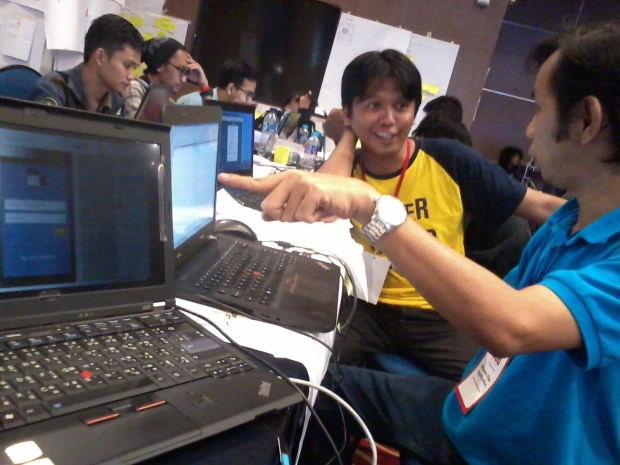 Diskusi tugas Hackathon hacksprint kemenkominfo 1000startupdigital