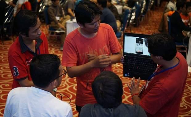 Pitching Hackathon hacksprint kemenkominfo 1000startupdigital