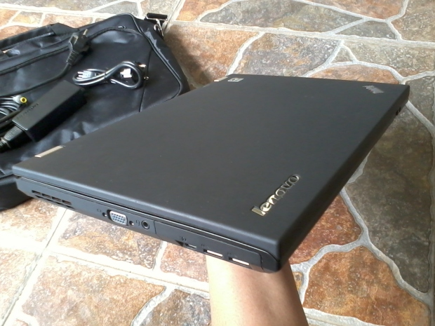 jual-laptop-thinkpad-t430-windows-7-pro-64bit-original-like-new