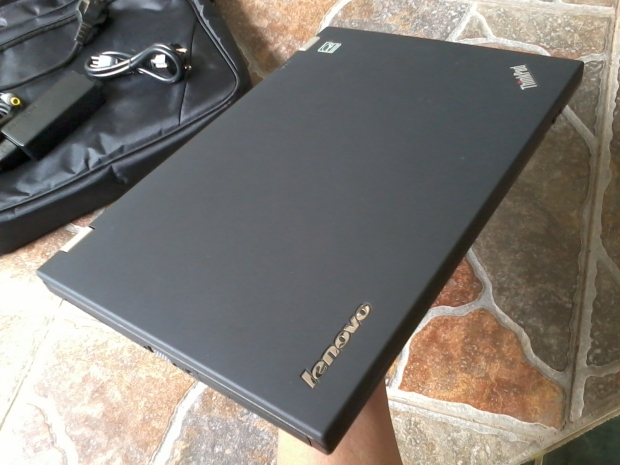 jual-laptop-thinkpad-t430-windows-7-pro-64bit-original-mulus