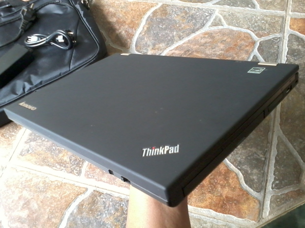 jual-laptop-thinkpad-t430-windows-7-pro-64bit-original-seperti-baru