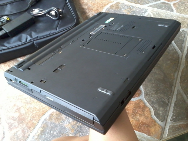 jual-notebook-thinkpad-t430-windows-7-pro-64bit-original-cod