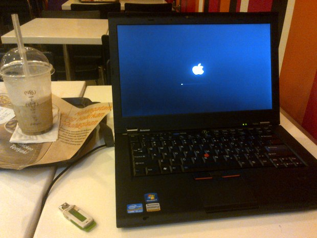 apple-logo-laptop-hackintosh-thinkpad-t420s-dualboot-osx-elcapitan-windows7-professional-di-mcdonalds-kelapa-dua-depok-jawa-barat