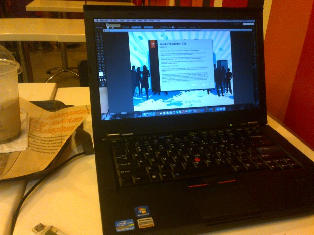 coba-adobe-illustrator-laptop-hackintosh-thinkpad-t420s-dualboot-osx-elcapitan-windows7-professional-di-mcdonalds