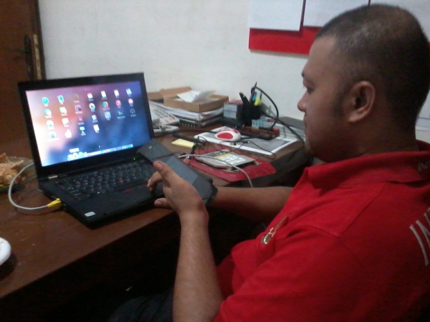 install-hackintosh-thinkpad-t420-bluetooth-dualboot-osx-yosemite-windows7-professional-di-harapan-jaya-bekasi-barat