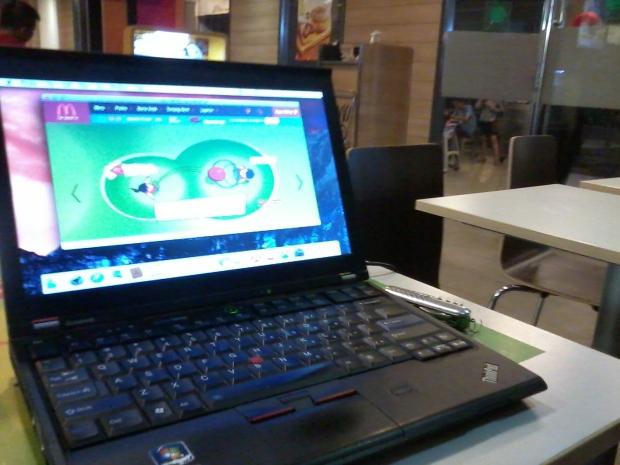 konek-wifi-hotspot-install-hackintosh-laptop-lenovothinkpad-x220-di-mcdonalds-cyber-park-bekasi-barat