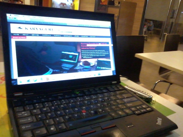 safari-web-browser-install-hackintosh-laptop-lenovothinkpad-x220-di-mcdonalds-cyber-park-bekasi-barat